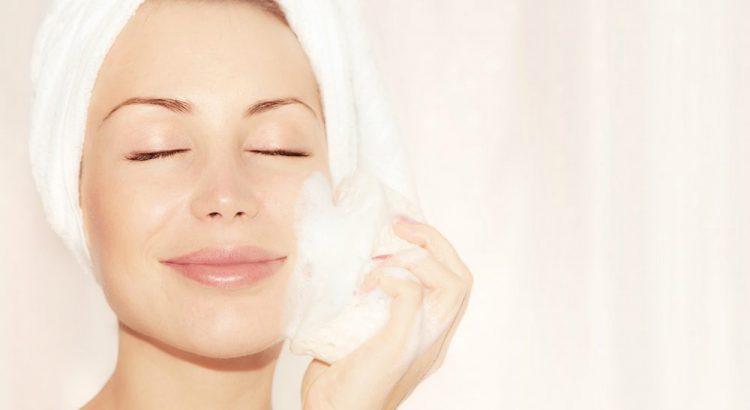 6 cuidados que você deve ter com a pele oleosa