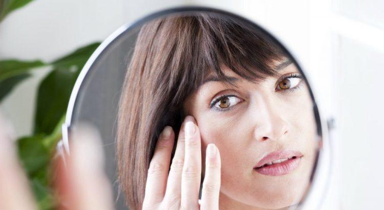 Sinais da idade: 3 dicas para cuidar melhor do seu rosto