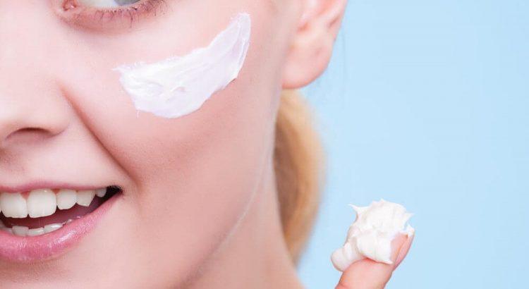 6 cuidados essenciais para quem tem a pele seca